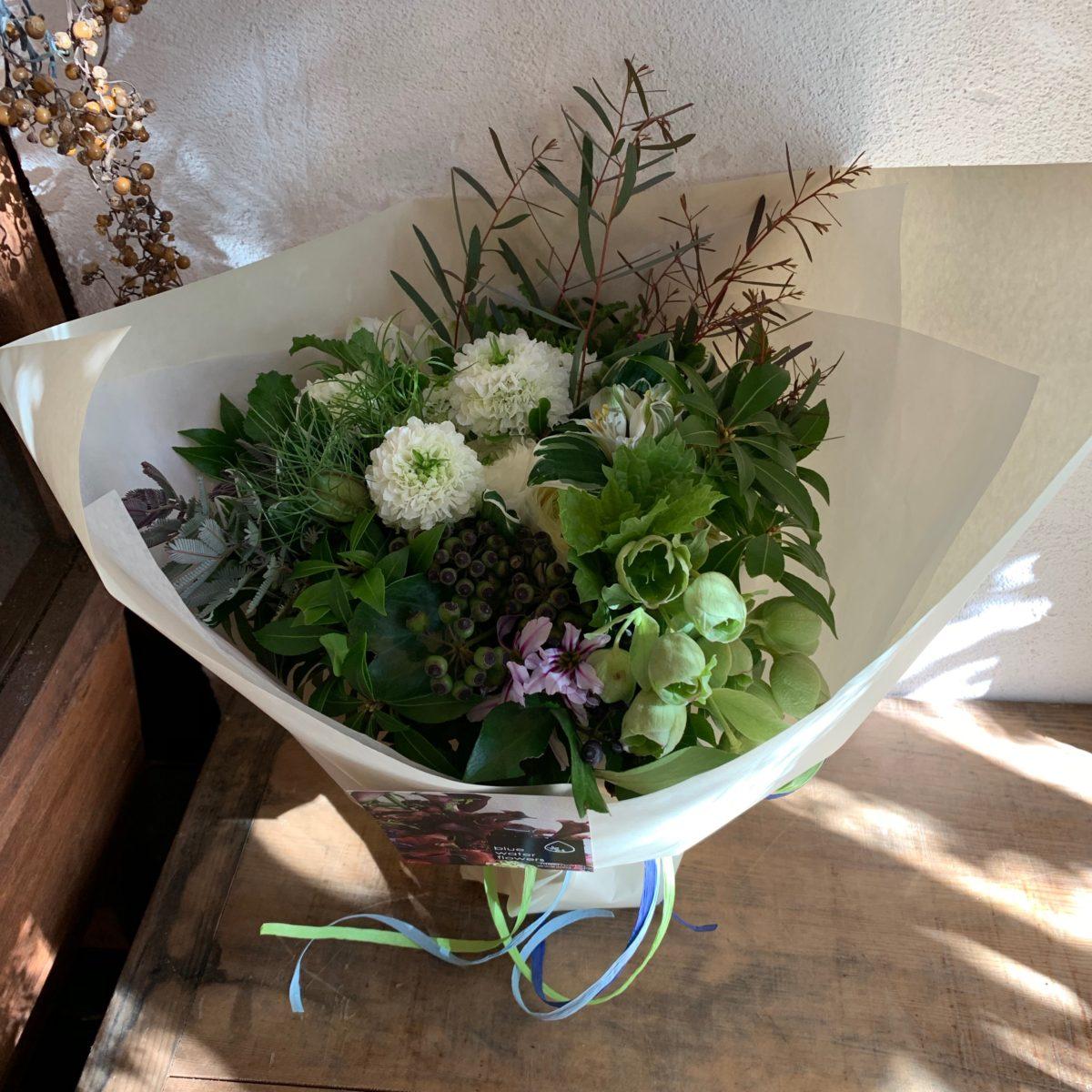 実物とホワイトの花束(¥5000)