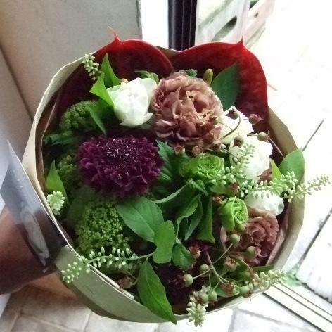 ブラウンとグリーンの花束(¥5000)