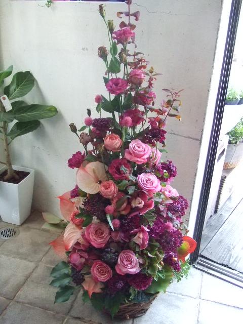 モーヴピンクのツリーアレンジメント(¥15000)