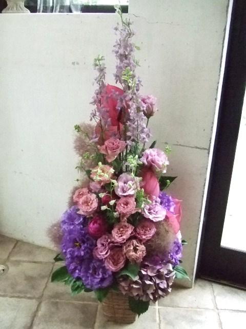 スモーキーピンクのツリーアレンジメント(¥15000)