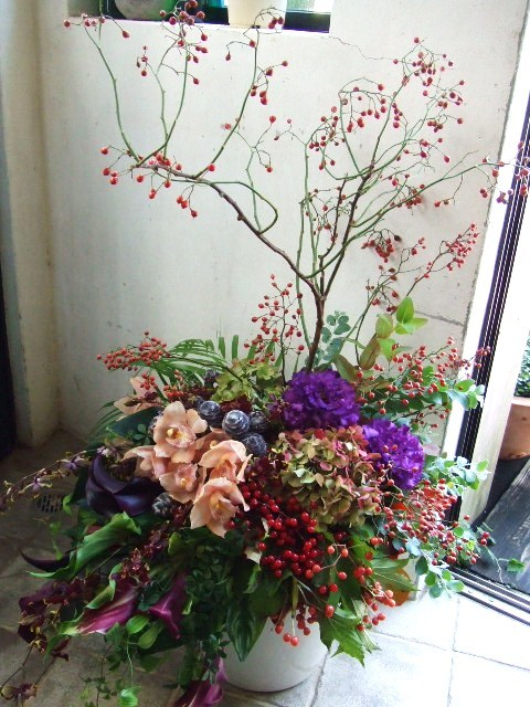 野薔薇踊るアレンジメント(¥25000)